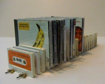 поделка из аудио касет