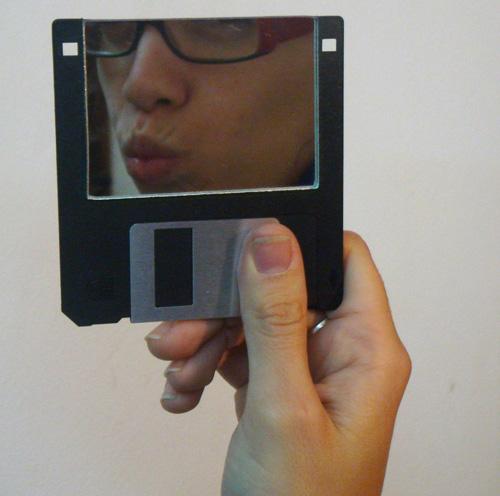 поделка из дискет