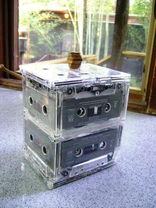 Шкатулка из аудио касет (поделка из касет)