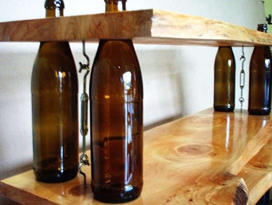 Полка из бутылок (самоделка из бутылок)