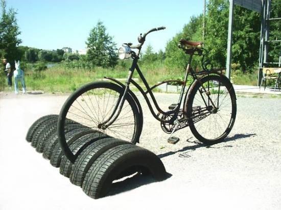 Парковка для велосипедов из шин