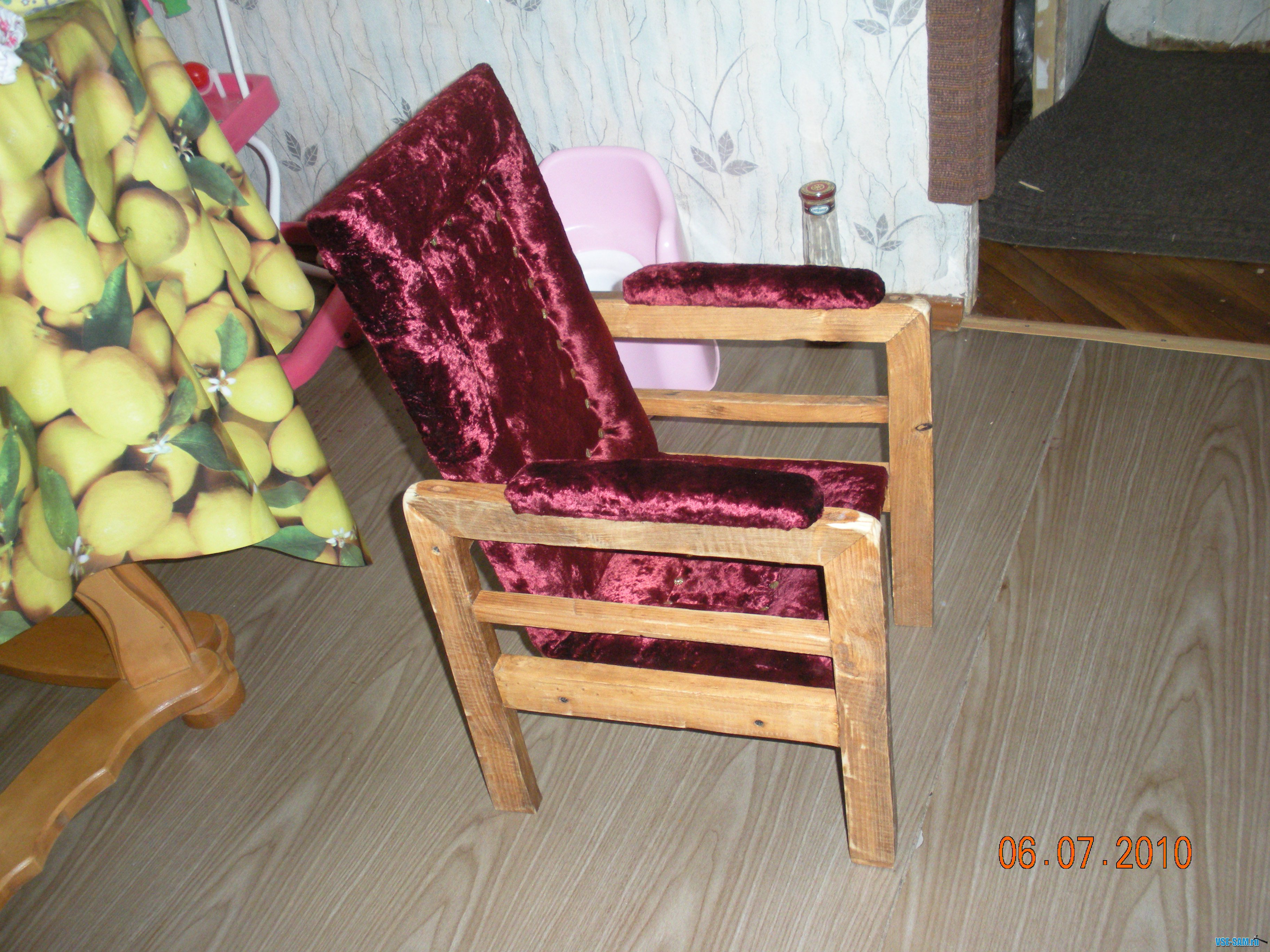 супер тонкий складной стульчик схема