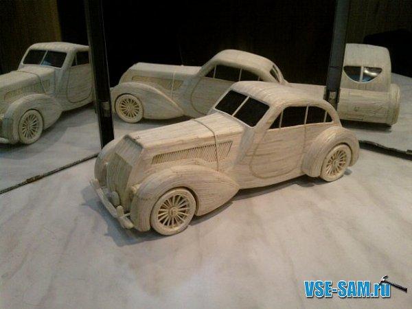 Автомобиль Bentley из спичек